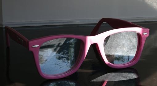 Jason Alper, Way too Big (pink), 2010