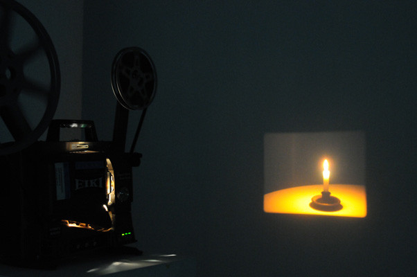 Jonathan Monk, Candle Film, 2009