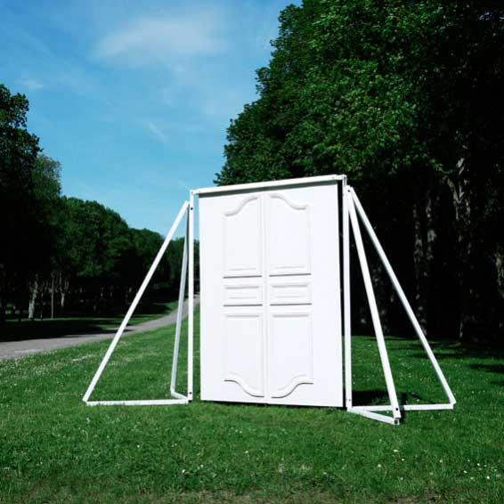 Didier Faustino, 'Paranoid Android', 2012, silicone rubber and painted steel structure, 380 x 170 x 250 cm. Domaine départemental de Chamarande, France
